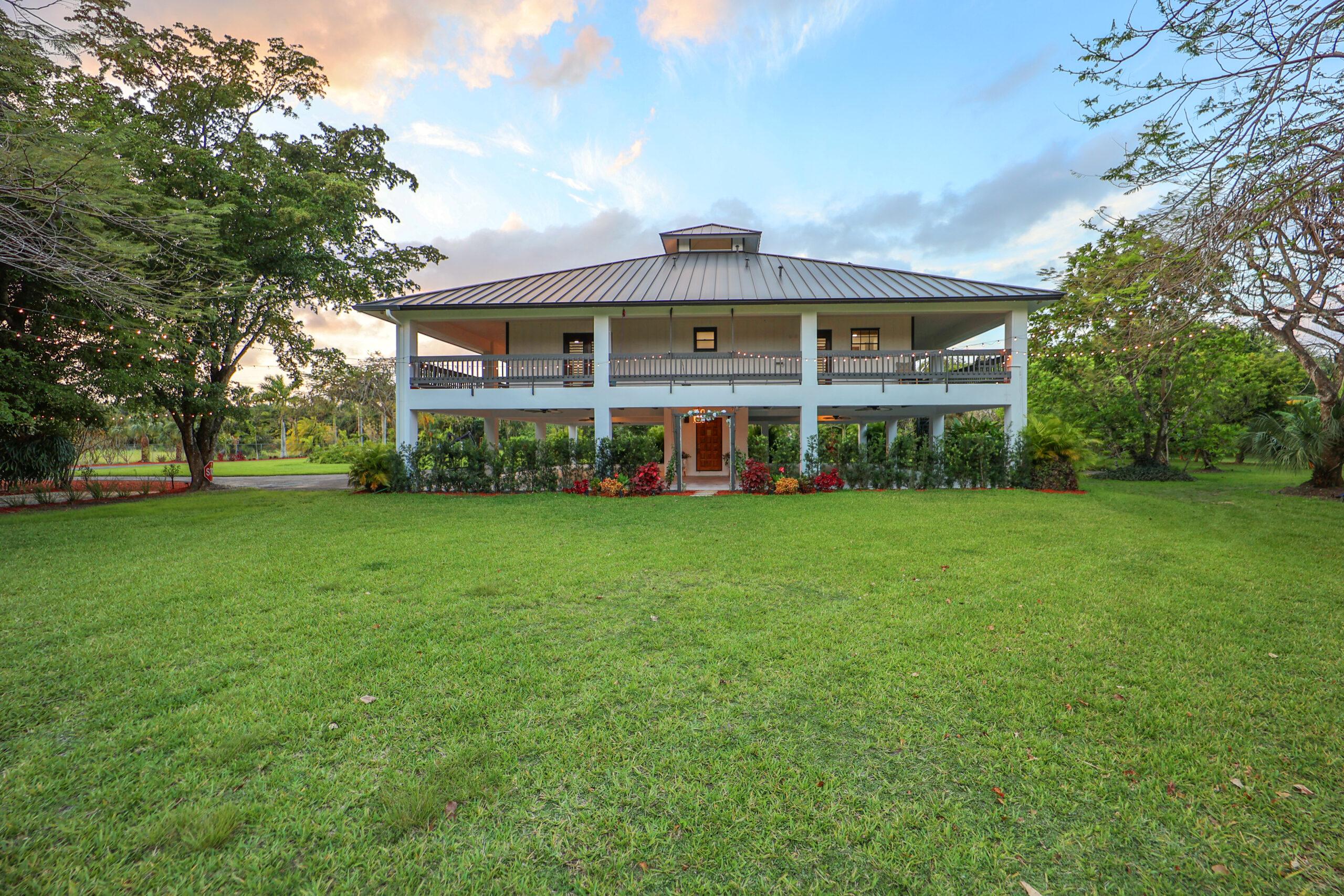 Pleasant Garden Miami Venue Areal